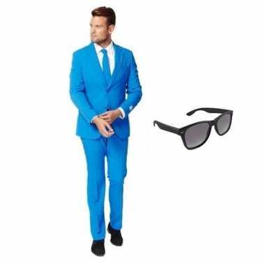 Blauw heren kostuum maat 58 (4xl) gratis zonnebril