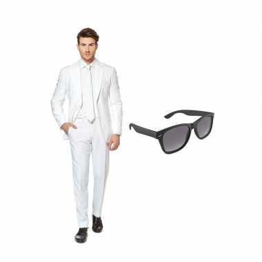 Wit heren kostuum maat 56 (xxxl) gratis zonnebril