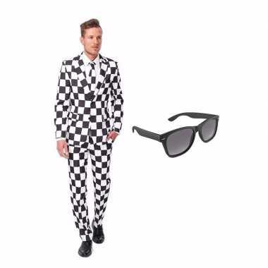 Zwart/wit geblokt heren kostuum maat 50 (l) gratis zonnebril